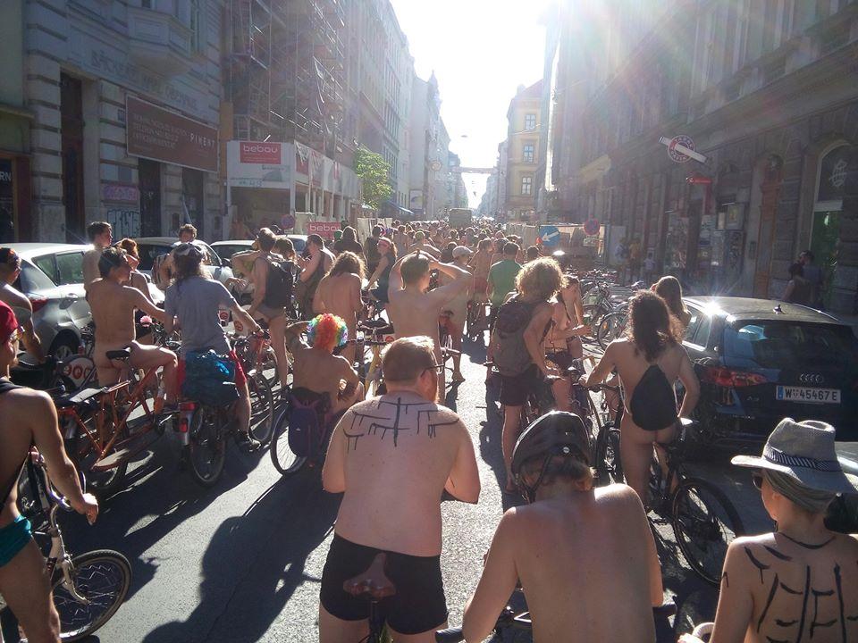 Wien « Critical Mass in Austria